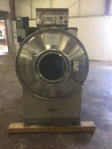 2001 Milnor 95lb Washer