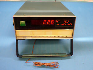 Fluke 2100a Digital Thermometer 200 To 400c T type