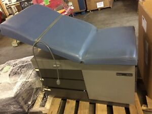 Midmark Ritter 104 Exam Table With Stirrups Blue