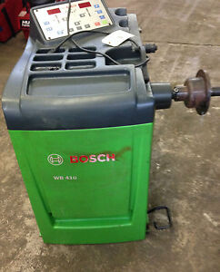 Bosch Wb410 Computer Wheel Balancer Machine 230