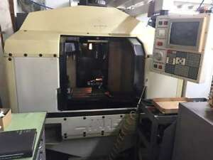 1989 Haas Vf 1 Vertical Machining Center Original Owner 5krpm 20 X16 X20 1 Vise