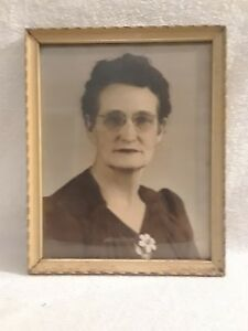 Vintage Wood Picture Frame With Glass And Picture 8 X 10