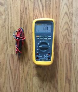 Fluke 27ii Digital Industrial Multimeter With Probes
