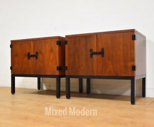 Milo Baughman For Directional Mid Century Modern Walnut Nightstands A Pair