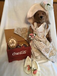 Franklin Mint Coca-Cola Dress Up Bear With Trunk