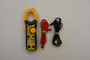 Ideal Industries 61 746 600 amp Clamp Meter With True Rms