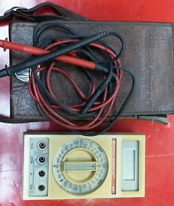 Vintage Beckman Series Hand Held Digital 330 Multimeter With Case And Leads