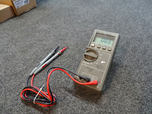 Hp Agilent Keysight E2377a Digital Multimeter W Test Leads