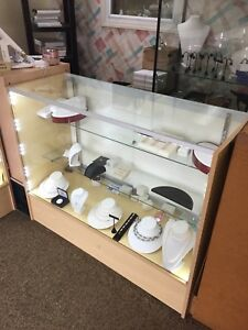 Ca Sale 48 Maple Full Vision Showcase Display Store Fixture Knocked Down sc4m