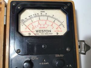 Vintage Western D c Voltmeter Model 778 In Original Light Brown Wooden Case