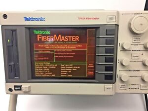 Tektronix Tfp2a Fibermaster Optical Time Domain Reflectometer Otdr manual cover