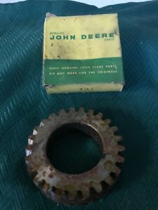Nos Genuine John Deere Parts M16t Gear Dozer Crawler