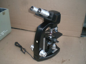 Microscope Bausch Lomb Lab Microscope Four Objectives And Case Up To 100x