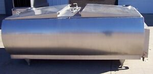 Mueller 700 Gallon Stainless Steel Flat Top Bulk Milk Tank M31438