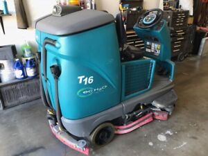 Tennant T16 Ride On Floor Scrubber Cylindrical 58 Hours