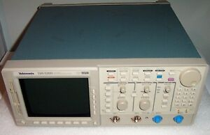 Tektronix Tds520d Dso W Two 500 Mhz Probes Pwr Crd Manuals On Cd pdf Tested