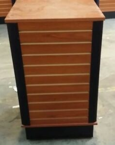 Store Display Fixtures 10 Slatwall Unit On Rollers 4 Sided