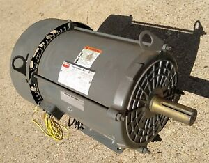 3hp Dayton 3 Three Phase Electric Motor 1175 Rpm 230 460 Volts Frame 213t Tefc