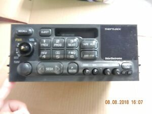 Chevy Gm Gmc Trucks Suvs 16213825 Radio Cassette Player