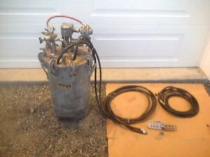 Binks Spray Pressure Tank Pot With Agitator Hoses Excellent Shape Will Ship