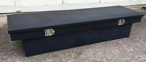 Dee Zee Single Lid Crossover Truck Tool Box