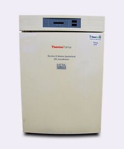 Thermo Forma Series Ii Water Jacketed Co2 Incubator 3120