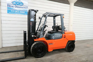 2011 Toyota Forklift 7fgu45 10 000 Pneumatic Lp Gas Three Stage Sideshift