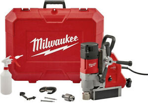 Milwaukee 13 Amp 1 5 8 In Magnetic Drill Kit