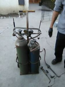 Acetylene Oxygen Tanks With Cart hoses And Victor Brand Torches