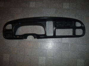 1998 2001 Dodge Ram Dash Bezel Radio Speedometer Trim B