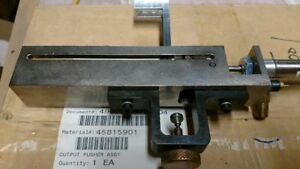 Universal Instruments 45815901 Output Pusher Assembly new