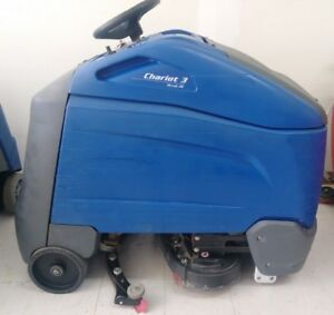 Windsor Chariot I Scrub 3 Riding Floor Scrubber