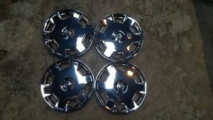 07 08 09 10 11 12 13 14 15 Set Of 4 Versa Cube Hubcaps Wheel Covers Chrome 53072