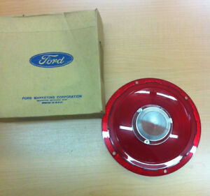 1957 1958 Ford thunderbird ranchero Nos Tail Light Lens With Backup Lights Nib
