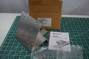 Pentair 263757 000 Thermostat Universal Pipe Mounting Bracket Stainless Steel