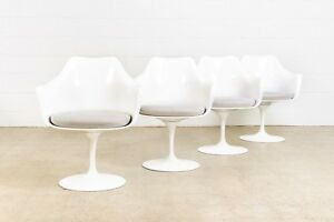 Mid Century Tulip Chairs Vintage Eero Saarinen For Knoll Tulip Arm Chairs Mcm