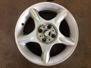 Wheel 16x6 1 2 Alloy 5 Spoke Star Design White Fits 02 09 Mini Cooper 281077