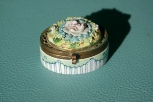 Unmarked Antique Porcelain Trinket Box Brass Hinged Lid Hand Painted