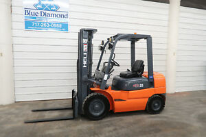 2011 Heli Forklift 5 000 Pneumatic Kubota Diesel Three Stage Sideshift
