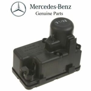 New Genuine Mercedes Benz Vacuum Pump 0008000348 Oem