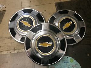 Vintage Vtg Set Of 3 Chevy Chevrolet Truck Dog Dish Hub Caps 12