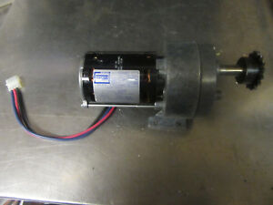 M97 Fasco Drive Motor With Gear Box 1 10 Hp 115v Used