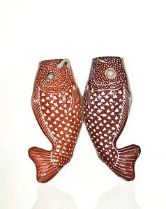 Antique Chinese Japanese Porcelain Statue Twin Fish Hanged Vase Wall Pocket