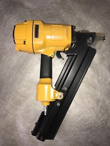 Stanley Bostitch Pneumatic Framing Stick Air Nailer n80sb With Nails And Oil