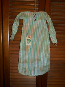 Grungy Wall Dress W Hanger Primitive Irish Leprechaun Green Stripe Nightshirt