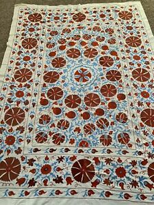 72 X 100 Uzbek Large Hand Embroidered Walldecor Quilt Bedding Tablecloth Suzani