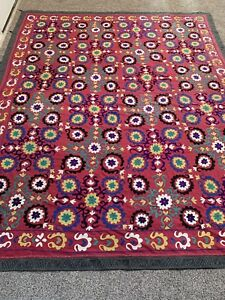 Beautiful Antique Uzbek Vintage Large Hand Made Wall Hanging Embroidery Suzani