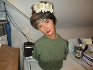 Antique 1940 s Lady 2ft tall Full Size Bust Mannequin Store Display With Hat