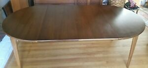 Mid Century Dining Room Table Round 2 Large Leaves 4 Protective Mats