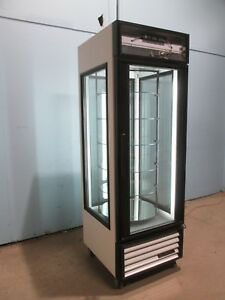 true G4sm 23 Hd Commercial Lighted Refrigerated Rotating Pastry Display Case